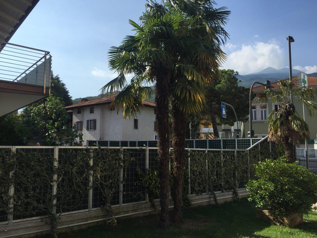 Schallschutzwand Noise Reducer im Garten